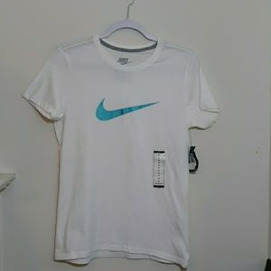 NWT Teal Nike Logo Tee Womens Medium